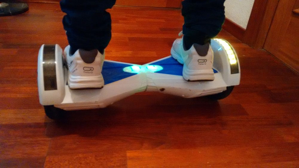 hoverboard patinete electrico-equilibrio